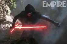 Star Wars: The Force Awakens  Kylo Ren (Adam Driver)  Ph: David James  ©Lucasfilm 2015